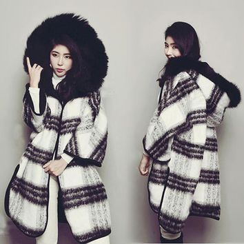 Winter Both Sides Wear Loose Black And White Lattice Coat Large Fur Collar Cloak Thick Hooded Wool Warm Plaid Jacket MZ1938