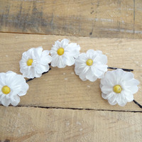 White Daisy Flower Wedding Hair Pins,  Bridal Hair Pins, Hair Accessories, Fabric Hair Pins, Bridesmaid Hair, Woodland - Set of 5