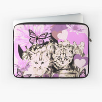 'Frieda's Baby Cats in Pink' Laptoptasche by GittaG74
