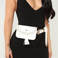 Nothing To Tassel Belt Bag - White/Gold