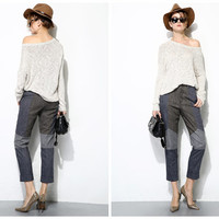 womens pants,crop length,details at knee,made from wool,high fashion,unique,chic,fashion,mod,for autumn,winter.--E0278