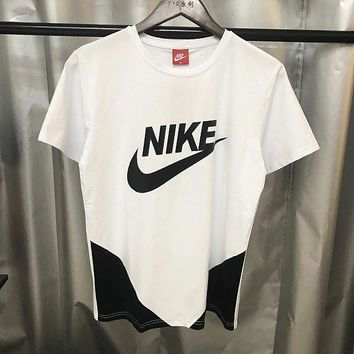 Nike Short Sleeve New Sports Comfortable Breathable Round Neck Men T-Shirt White