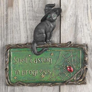 Design Toscano Witch's Cat Spell-Casting Wall Sculpture - Walmart.com