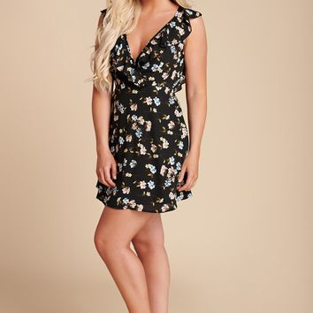 A Thousand Wishes Floral Ruffle Dress (Black)