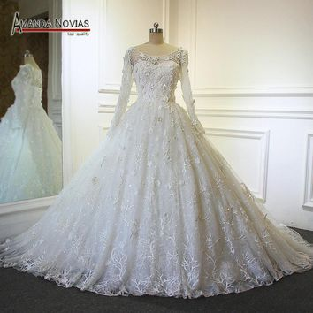 2017 Hot Sale Overlay Lace Long Sleeve Ball Gown Wedding Dress With Long Trail