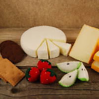 Felt Food Brie, Crackers and Fruit Set