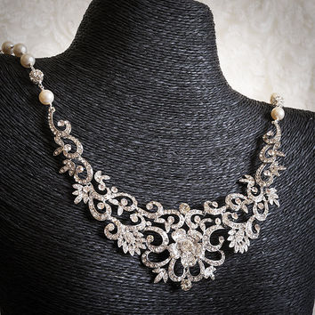 FABIONA, Victorian Inspired Crystal Bridal Bib Necklace, Rhinestone and Pearl Wedding Statement Necklace, Flower Leaf Wedding Bridal Jewelry