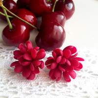 Earrings Red, red earring studs, red studs, red lilac earrings, red lilac stud, earrings red, red flower earrings, earring studs, lilac,