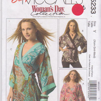 Easy Woman's Day pattern for wrap , semi-fitted kimono top in hip or thigh length misses size xs s m 4 6 8 10 12 14 McCall's 5233 UNCUT