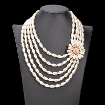 Vintage Choker Necklace Pearl Flower Statement Necklace & Pendant Multi layer Simulated Pearl Jewelry Wedding Bride Collar