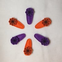 Spider Web Halloween Felt Snap Clip Barrettes You choose your color(s) of purple or orange