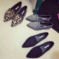 free shipping  Women Pointed Toe Loafers Leopard Black Gray Female Rivet Flats Shoes Sapatos Femininos