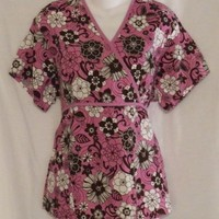 Cottonality Scrubs Top Size Medium Purple floral Print