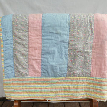 Vintage Quilt, Hand Stitched Quilt, Vintage Handmade Quilt, Bedding, Bed Cover,  Pastel Blanket, Hand Sewed Shabby Chic Quilt, Pastel Quilt