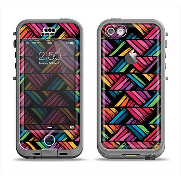 The Abstract Zig Zag Color Pattern Apple iPhone 5c LifeProof Nuud Case Skin Set