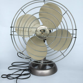 Antique Desk Fan, Vintage Fan, Emerson Electric Fan, Antique Fan, Mid Century Modern Fan, Mid Century Modern Office, Industrial Fan