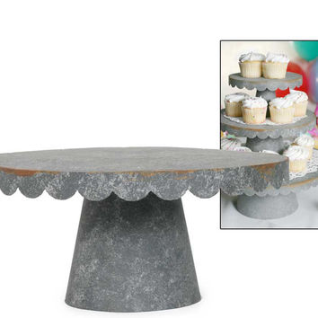 Medium Rustic Scalloped Cake Stand