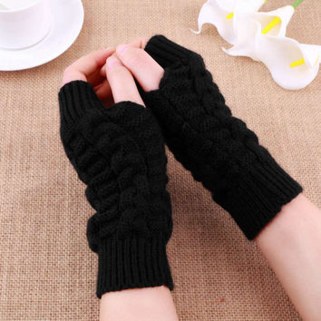 Fashion Unisex Men Women Knitted Fingerless Winter Gloves Soft Warm Mitten Gloves Solid Color High quality 2016 Hot Sale