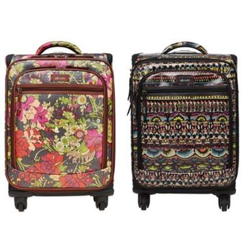 Sakroots Artist Circle 21-Inch 4-Wheel Carry-On Spinner