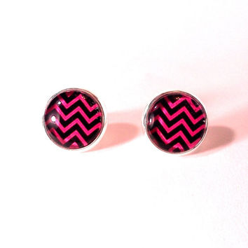 Chevron Earrings, Glass Earrings, Chevron, Chevron Print, Chevron Jewelry, Nickle Free Earrings, Stud Earrings, Black Earrings, Pink earring