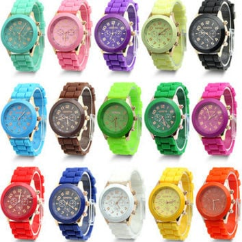 2015 New Unisex Geneva Quartz Analog Colorful Silicone Gel Sport Wrist Watch