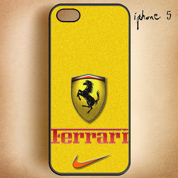 Yellow Ferrari Logo-Design On Hard Plastic Cover Case, IPhone 4,4S or IPhone 5 Case, Samsung Galaxy S2,S3 or S4 Case