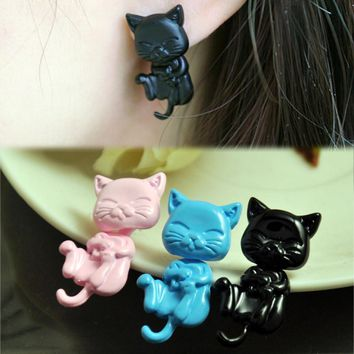 Sleepy Cat Stud Earrings