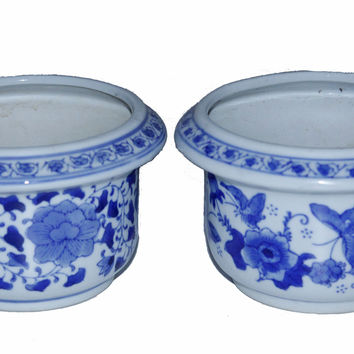 Pair of Porcelain China Kangxi Garden Flower Pots