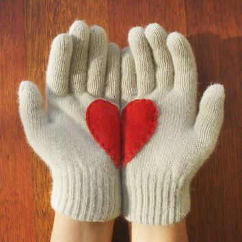 Handful of Heart Gloves with Red Felt Heart by yastikizi on Etsy