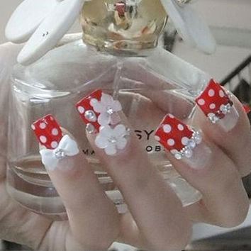 DIY fake nails art  .toe and fingers nails.Japanese romantic glamorous crown tiara Hime gyaru fake nails set.