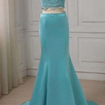 Sexy Halter Evening Dress Sleeveless Beaded Applique Mermaid Evening Gowns Two Pieces Dress Design