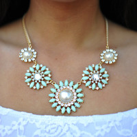 Keep It Classy Necklace: Seafoam | Hope's