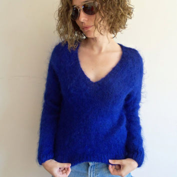 Vintage Designer Anne Rubin Made in Italy Wool Bright Indigo Blue Fuzzy Knit Sweater
