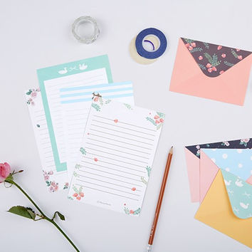 Flying Whales pattern letter paper and envelope set