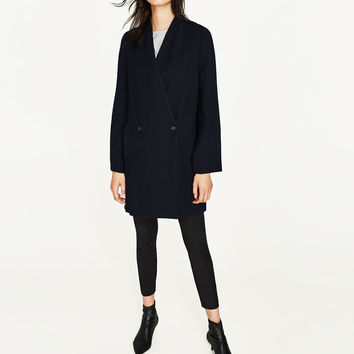 COAT WITH SLEEVE DETAIL DETAILS