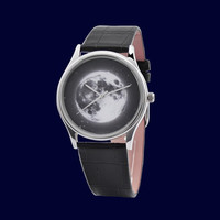 Moon Watch with Star