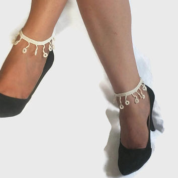CHRISTMAS Crochet Anklets  - Cream Beaded Anklets - Bead crochet Anklets - Flower Anklet - Nude Foot Jewelry - Body Jewelry - Summer Yoga Be