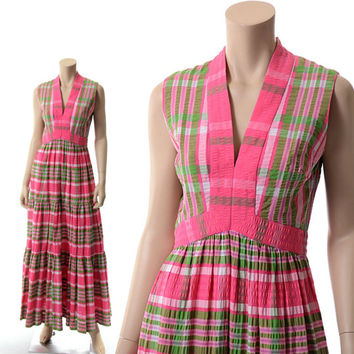 Vintage 70s Mod Pink Plaid Maxi Dress 1970s Young Dimensions Hippie Seersucker Mad Men Carnaby Street Boho Dress / Small / Medium