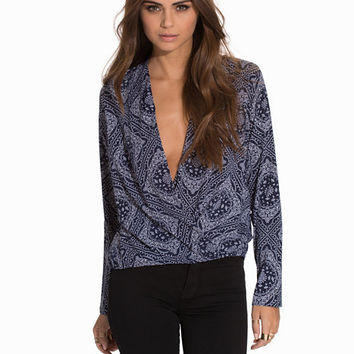 I Love It Blouse, NLY Trend
