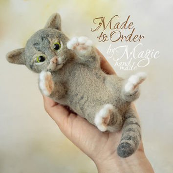 Custom needle felted cat sculpture, felt pet, custom cat, cat portrait, gift for pet owner, needlecraft, felted animal