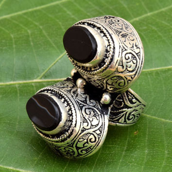Afghan Tribal Ring,Antique Kuchi Ring,Afghan Jewelry,Hippie,Black Onyx Two Stone Ring,Bohemian Ring,Lotus Carved Ethnic Ring,Gypsy Boho Ring