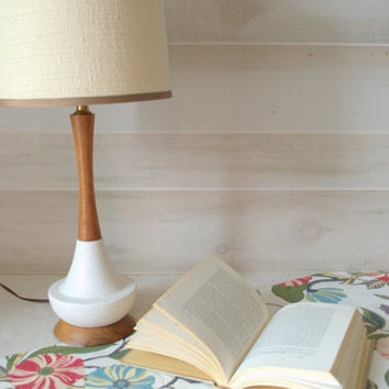 Mid Century Table Lamp, White Beside Lamp With Shade, Mid Centur
