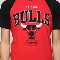 NBA Chicago Bulls Raglan Tee- Red L