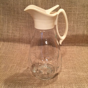Vintage Log Cabin Syrup Dispenser/1960's Syrup Dispenser/Syrup Carafe/Syrup Pitcher/Maple Syrup Dispenser