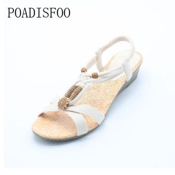 POADISFOO 2017 Bohemian Women Summer Sandals low Heel Flip Shoes With Sunflower Bead