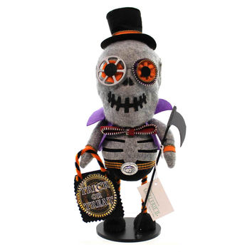 Halloween Skeleton Zipper Halloween Figurine