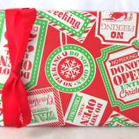 No Peeking, Do Not Open Unitl Christmas Wrapping Paper, Holiday Gift Wrap 10 ft x 2 ft. / 3.048 m. x .60 m. Roll,