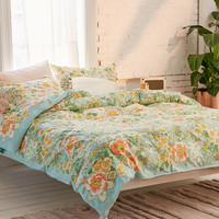Lovise Floral Scarf Duvet Cover | Urban Outfitters