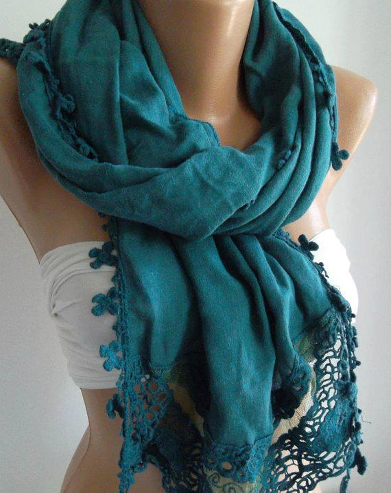 Turquoise  Green -- Elegance Shawl / Scarf with Lace Edge