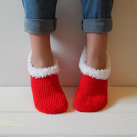 WOMAN SLIPPER SOCKS /Crochet Slippers. Knitted slippers. Women shoes. Home shoes. Gift for mom. Christmas gift